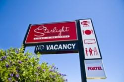 Starlight Motor Inn - 20B Bowen Street (Warrego Hwy) Roma QLD 4455